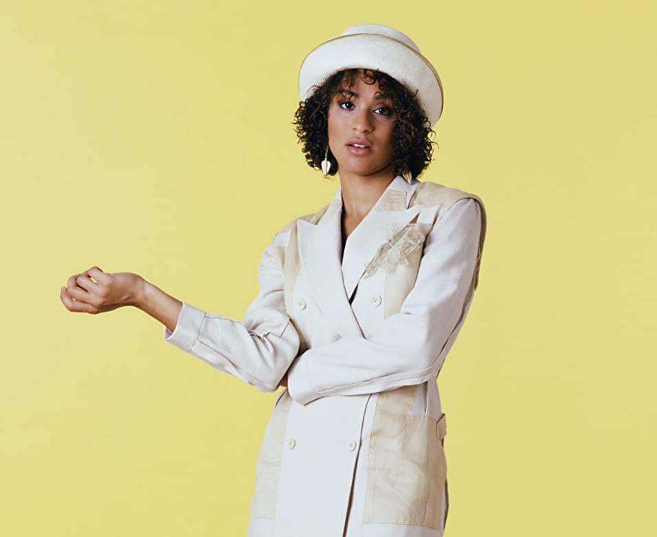 Karyn Parsons  in  The Fresh Prince of Bel-Air (1990)