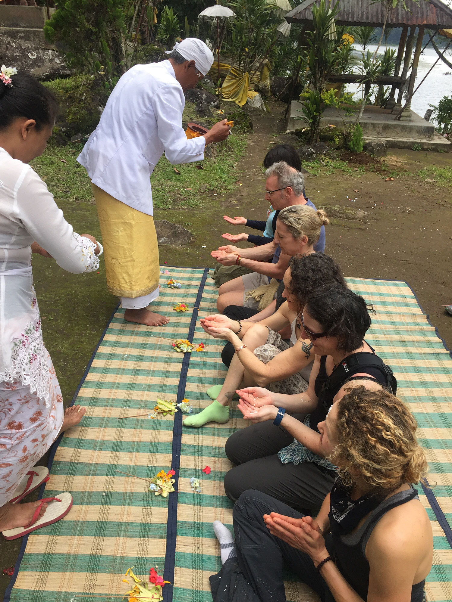 bali-healers2.jpg
