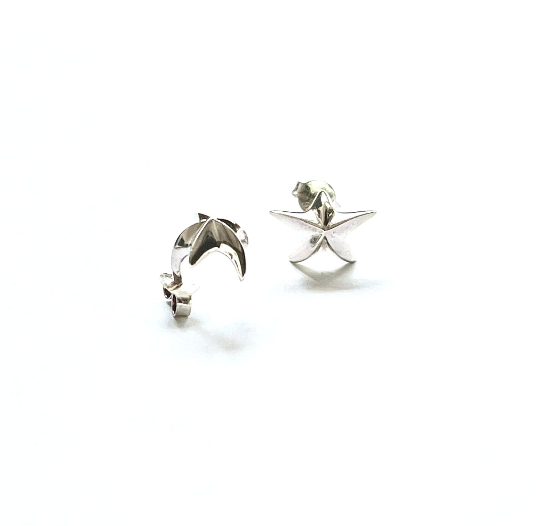 Curved Star Earrings   Kohatu and Petros
