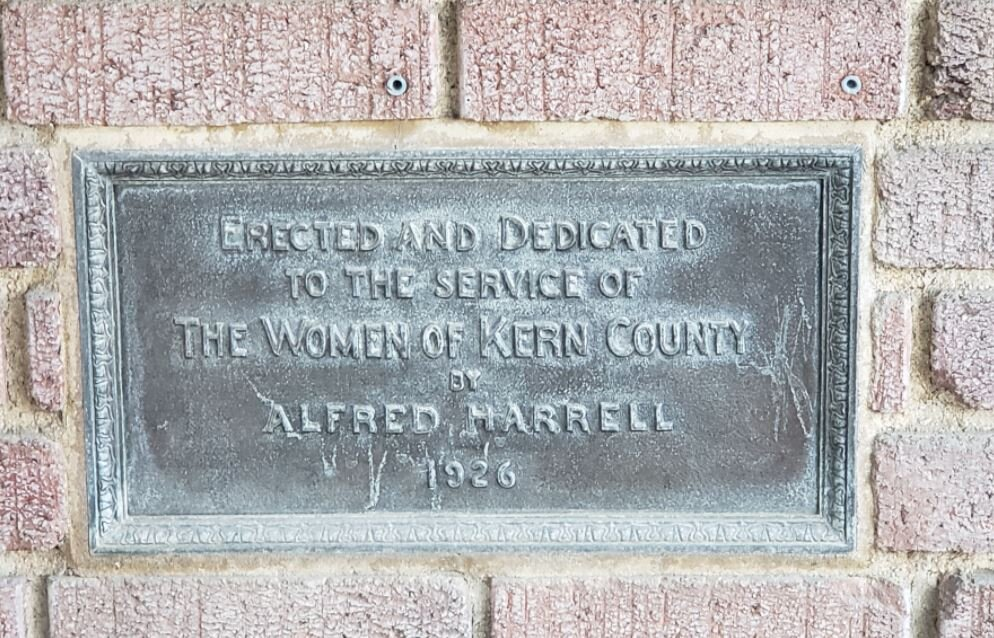 women's plaque.JPG