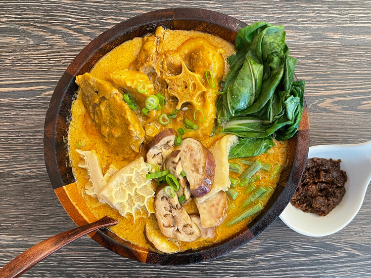 The kare kare followed next and this being 1 of my favorite all time dishes I was a bit skeptic but after the initial bite I was sold. The oxtail and tripe were both stewed perfectly and complimented by the crispness of the vegetables.