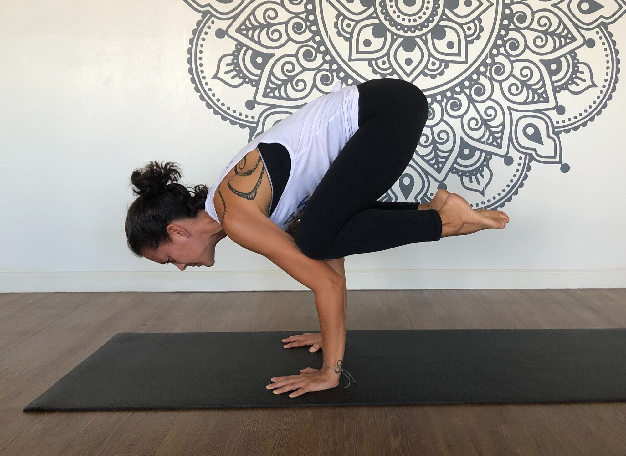 50 Crow Pose Variations to Advance Your Yoga Practice — Yoga Room ...