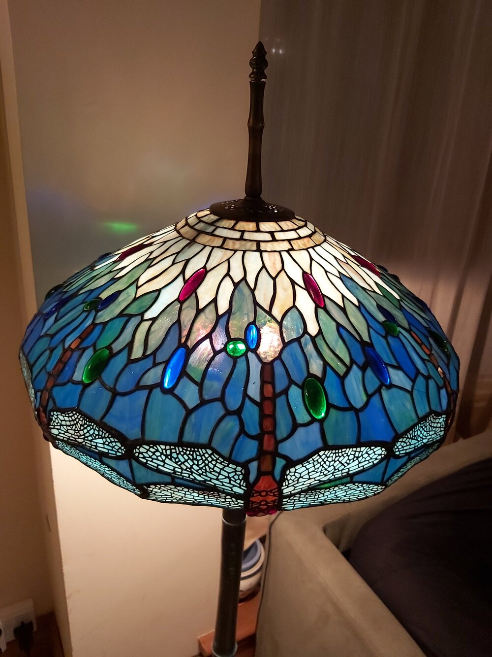 Beautiful Tiffany Style Stained Gl