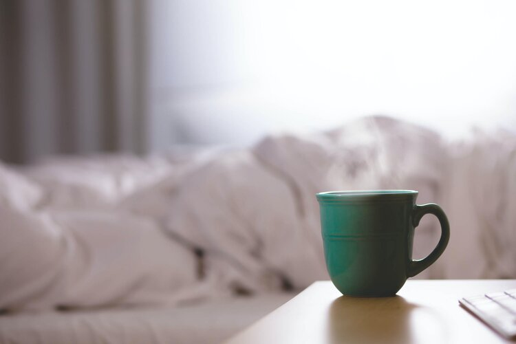 fembites wie der menstruelle zyklus unseren schlaf beeinlusst