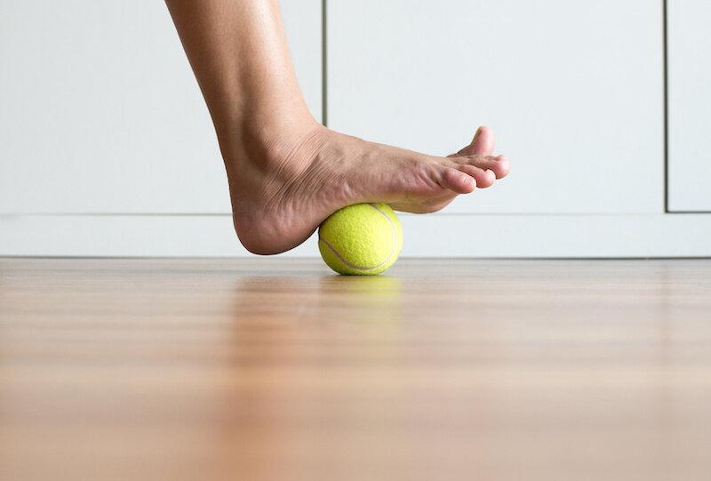 Tennis-ball-foot-massage.jpeg