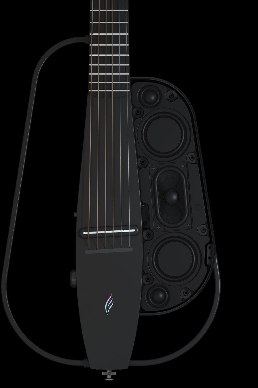 音質,澎湃震撼 - NEXG采用一個30W低音單元及兩個10W高音單元國際頂級品牌的高保真、高動態范圍揚聲器,加上我們精心設計音腔結構及數字音頻系統,使其高音通透明亮、低音澎湃有力